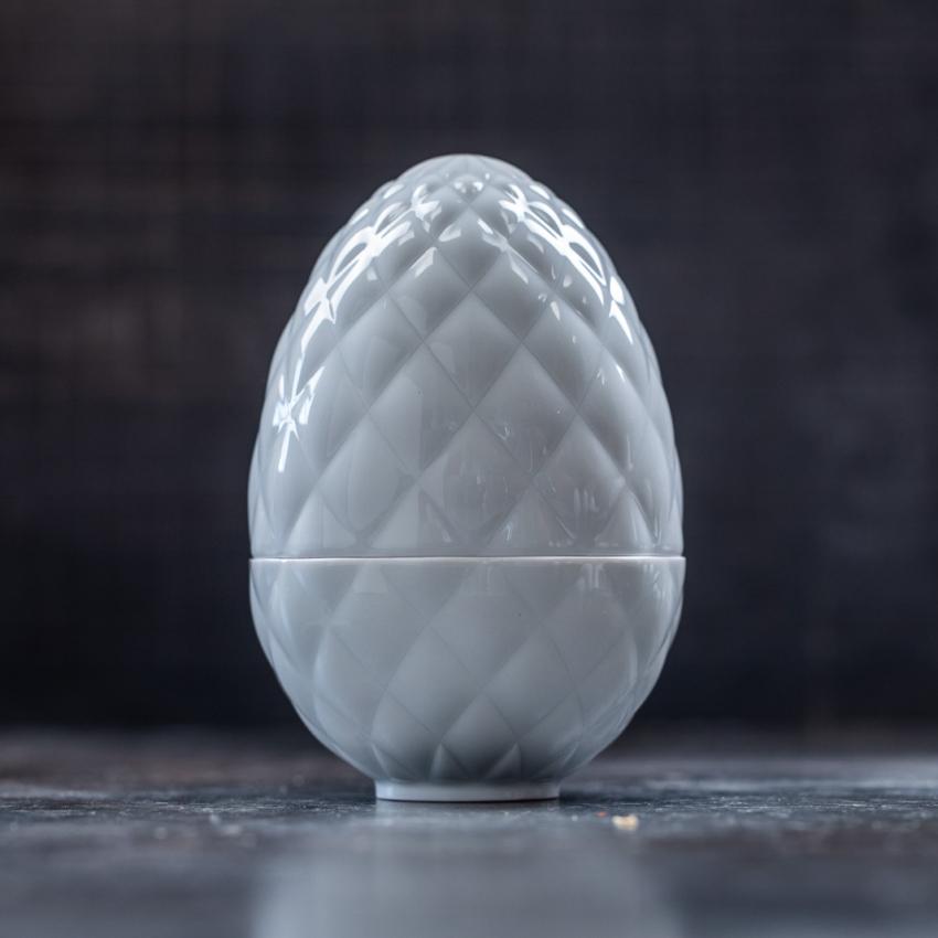Stort Matroschka diamant præget æg